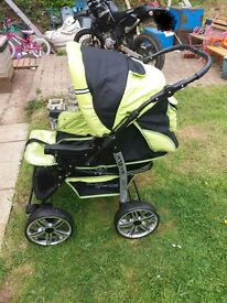 Baby sportive push chair
