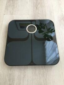 black fitbit bluetooth scales