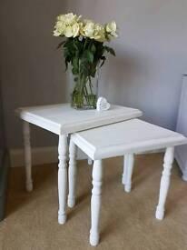 Vintage White nest of 2 shabby chic tables