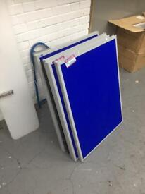 WHITE, DISPLAY BOARDS, POSTERS