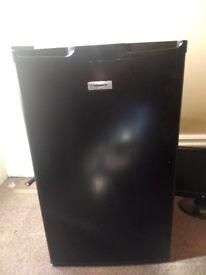 Fridgemaster MUL49102B_BK under counter fridge