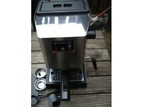 Gaggia Classic Espresso maker older Italy model 1425 watts OPV adjusted 9 Bar Can courier deliver