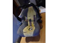 GRACO Baby carrier and car seat
