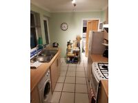 Clean and spacious double bedroom close to Coventry University