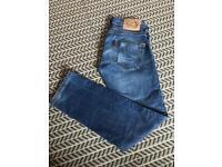 Men's Levis jeans size W28 L32