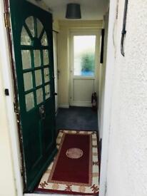 One bed room fully furnished flat in calcot reading