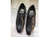 Men's smart black shoes (size 6)