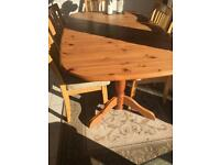 Extending dining room table 6-8