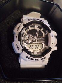 Watch G-SHOCK GA-400-7AER White / Black