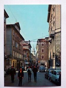 TRIESTE-Piazza-Cavana-animata-Fiat-500-vecchia-cartolina