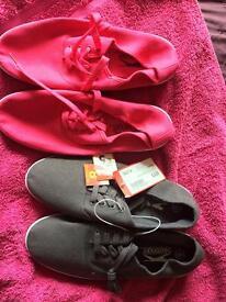 2 pairs ladies pumps/casual shoes size 6