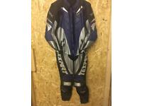 Texport full leathers size 50