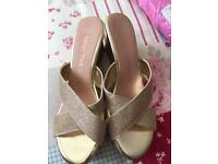Summer shoes with wedge size 8