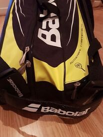 Babolat Aero 9 racquet tennis bag - as new