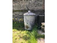 Garden incinerator bin