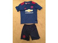 Manchester United 2016/2017 season away shirt and shorts for sale - REDUCED