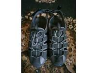 Hitec sandals size 7