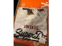 Men's Superdry Tshirt small