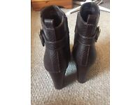 Women's brown F&F (Tesco) boots for sale. Size 6 1/2