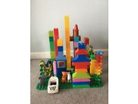 Duplo 170 pieces and base plate