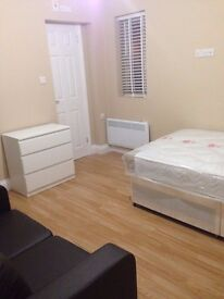 brand new en suite room to rent in Luton LU4