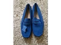 Men's soft slip on shoes