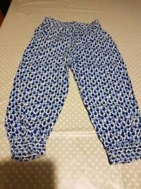 H&M Girls trousers age 2 to 3 years