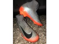 Grey and orange Nike FOOTBALL BOOTS CR7 mercurial superfly sockboots size 5