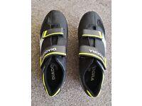 Diadora Phantom 2 cycling shoes, size 9 (43)