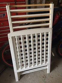 White wooden cot and mattress - lovely condition