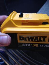Dewalt 4amp battery in excellent condition