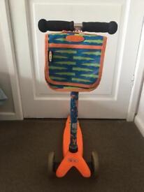 Mini Micro Scooter in Great Condition orange