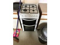 Gas oven/cooker