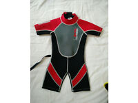 wetsuit child 3-4 yrs