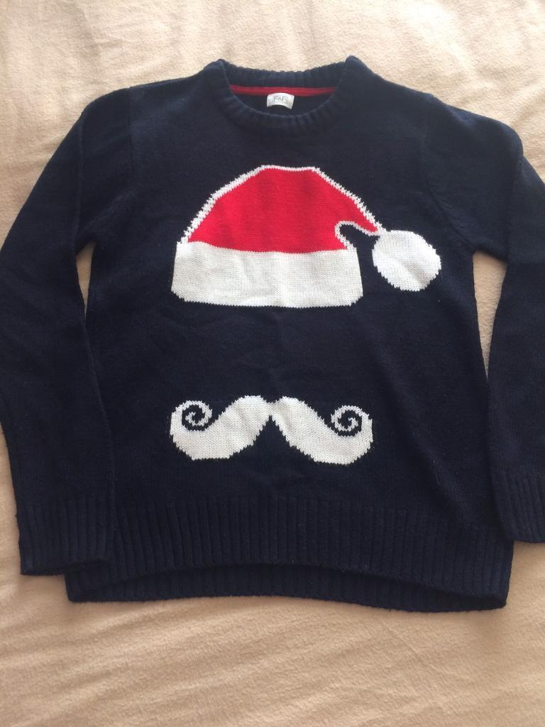 Christmas jumper age 9 to 10 years