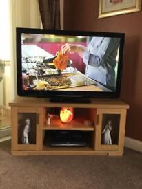 Oak Corner TV unit plus Hi-Fi unit.