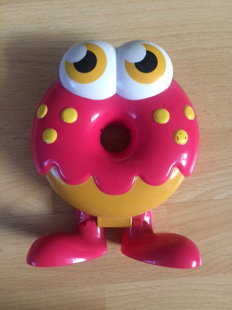 Micro Moshi Monster Oddy holderin Sale, ManchesterGumtree - Micro Moshi Monster Oddy holder. Opens up to hold a number of micro Moshis. Micro Moshis bundle listed also