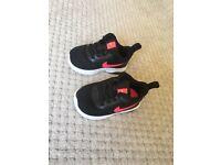 Baby Nike girls shoes