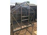 Greenhouse 6x4ft nearly new condition