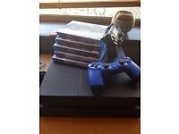 Ps4 Black with 2 controllers/5 games