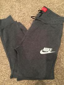 Boys Nike tech joggies