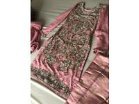 Heavy embroidery kameez with banarsi trousers