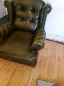 2 + 1 leather chesterfield orignal sofa can deliver