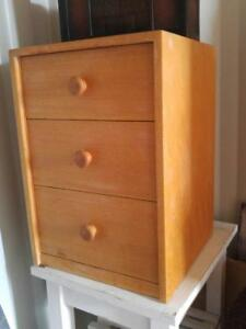 Vintage PEPPLERS Heavy Solid Wood CABINET MID-CENTURY 3 Drawers Top needs sanding NEEDS TLC OOAK