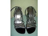 Faith sandals (size 6) LIKE NEW