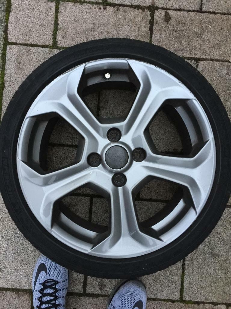 Ford Fiesta st180 alloy wheels