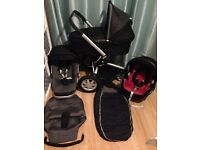 Quinny Buzz Travel System with Maxi Cosi Cabriofix Car Seat Carrycot and Footmuff