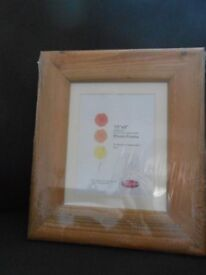 Tutor Photographic Coach Pine Picture Frame 10 x 8