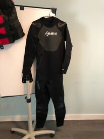 Wetsuits, Lifejackets and Accessories