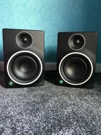 Mackie MR5 Mk3 Studio Monitor Speakers (PAIR)